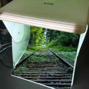 foldioアプリでクロマキーをオン!緑の部分に見事に背景が投影されています。